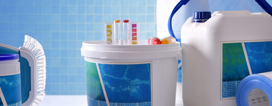 Chlorine vs Bromine: Which is Best for Your Hot Tub?
